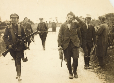 irish-civil-war-prisoner